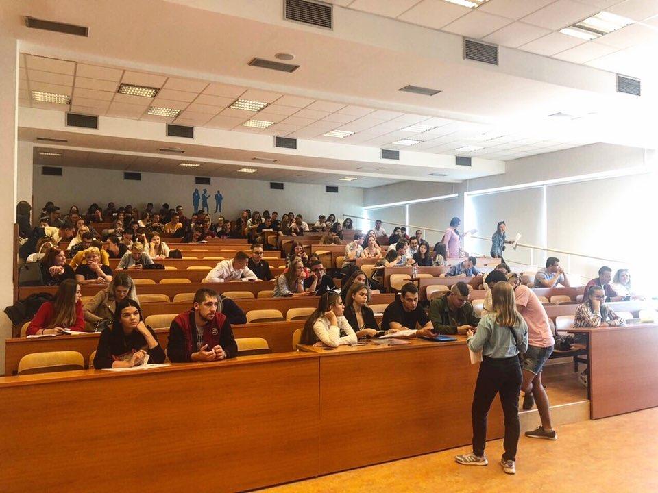 Отримання освіти для українських дітей в Словаччині